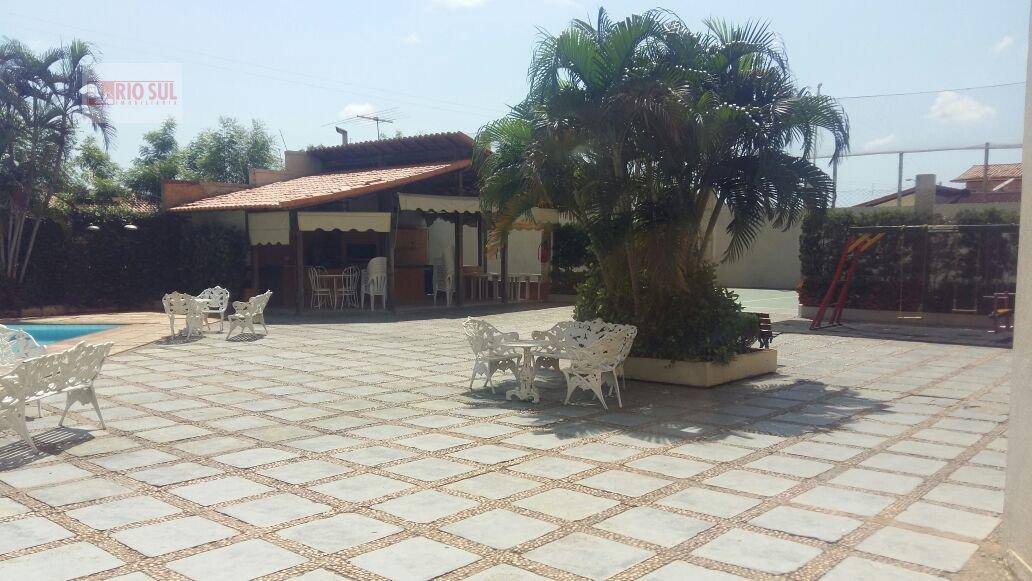 Apartamento para Alugar no bairro Nova Imperatriz em Imperatriz - MA. 2 banheiros, 2 dormitórios, 1 suíte, 1 vaga na garagem, 1 cozinha,  closet,  áre