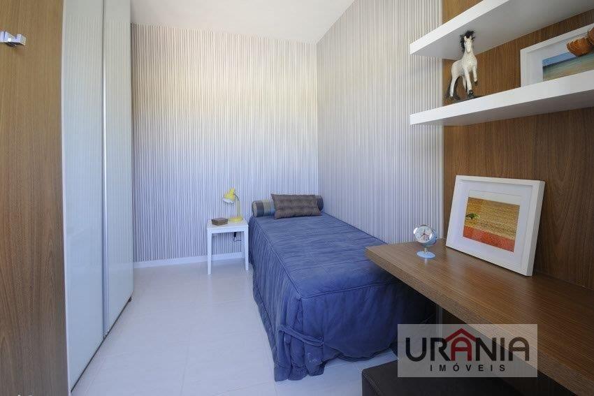 Apartamento a Venda no bairro Santa Paula II em Vila Velha - ES. 2 banheiros, 2 dormitórios, 1 suíte, 1 vaga na garagem, 1 cozinha,  área de serviço,