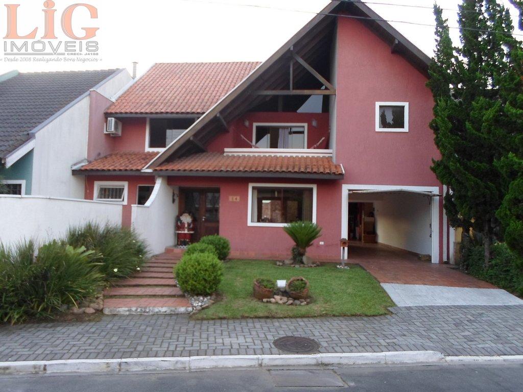 Casa a Venda no bairro Xaxim em Curitiba - PR. 3 banheiros,