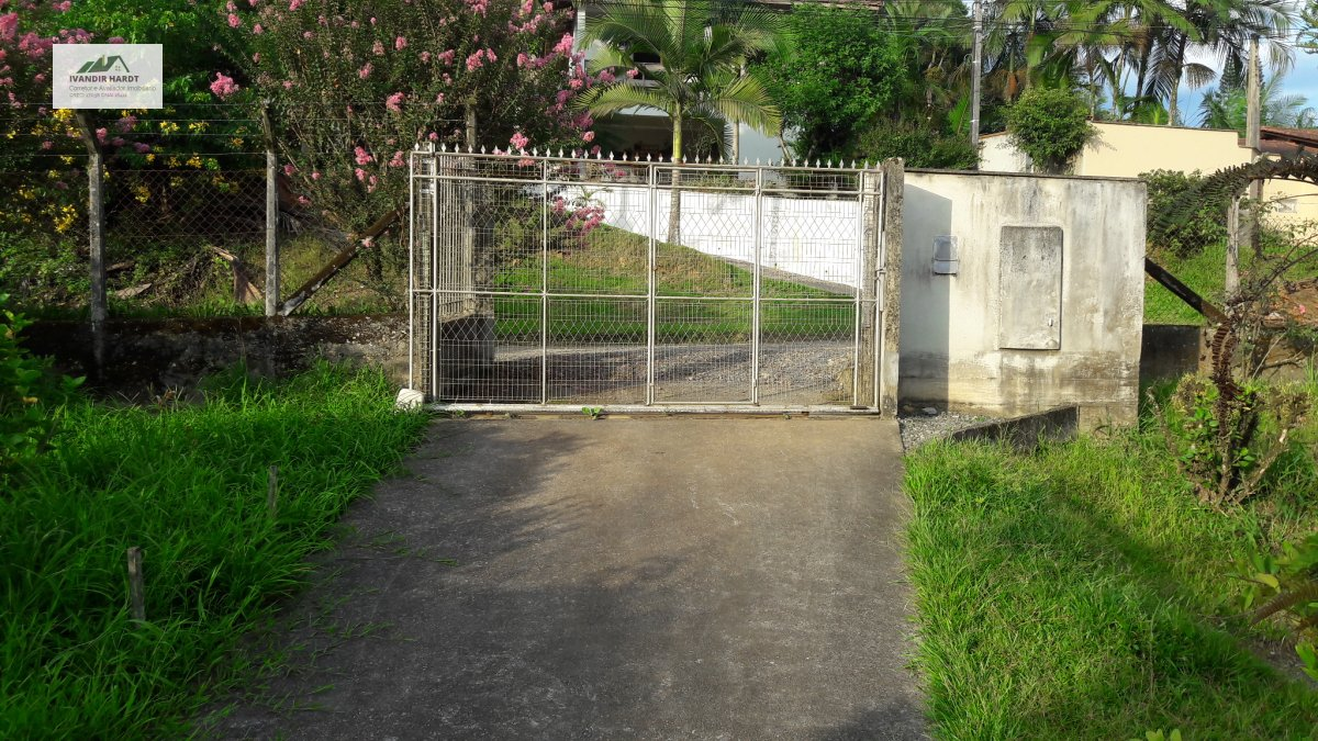 Terreno/Lote à venda  no Iririú - Joinville, SC. Imóveis