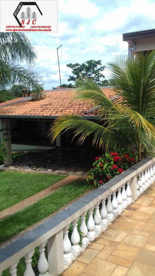Chácara a Venda no bairro Parque Residencial Tancredi em Americana - SP. 2 banheiros, 3 dormitórios, 15 vagas na garagem, 1 cozinha,  área de serviço,