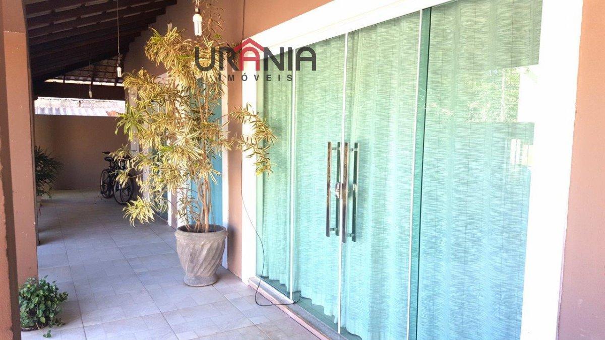 Casa a Venda no bairro Santa Paula II em Vila Velha - ES. 3 banheiros, 3 dormitórios, 1 suíte, 4 vagas na garagem, 1 cozinha,  área de serviço,  copa,