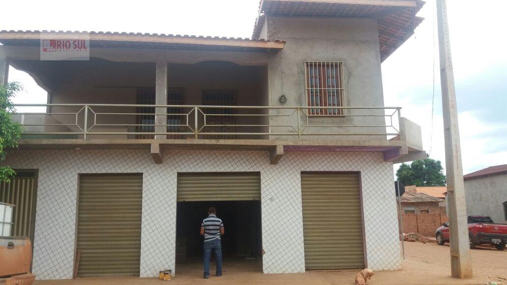 Casa a Venda no bairro Centro  em Dom Elizeu  - PA. 2 banheiros, 4 dormitórios, 1 suíte, 1 vaga na garagem, 1 cozinha,  closet,  área de serviço,  sal