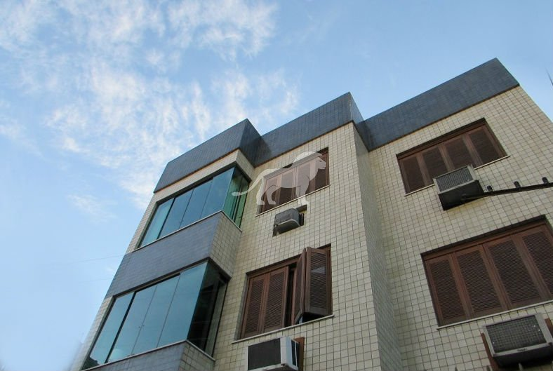 Apartamento a Venda no bairro Jardim Lindóia em Porto Alegre - RS. Com 2 banheiros, 3 dormitórios, 1 suíte, 2 vagas na garagem, 1 cozinha.