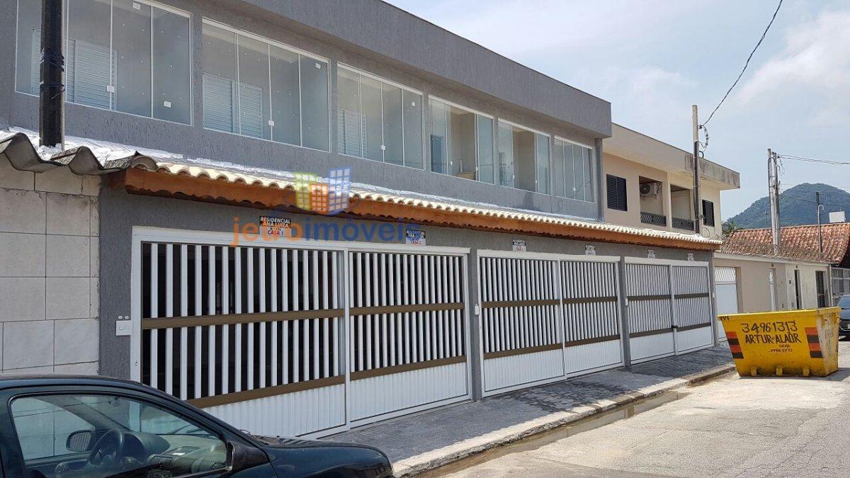 Casa a Venda no bairro Boqueirão em Praia Grande - SP. 2 banheiros, 2 dormitórios, 1 vaga na garagem, 1 cozinha,  área de serviço,  sala de tv.