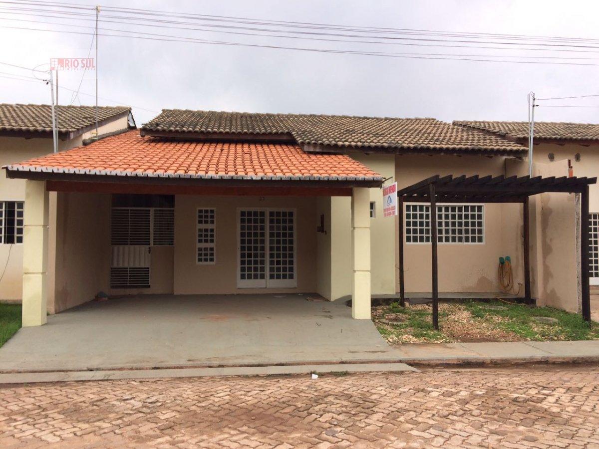 Casa a Venda e para Alugar no bairro Santa Inês em Imperatriz - MA. 1 banheiro, 3 dormitórios, 4 vagas na garagem, 1 cozinha,  área de serviço,  sala