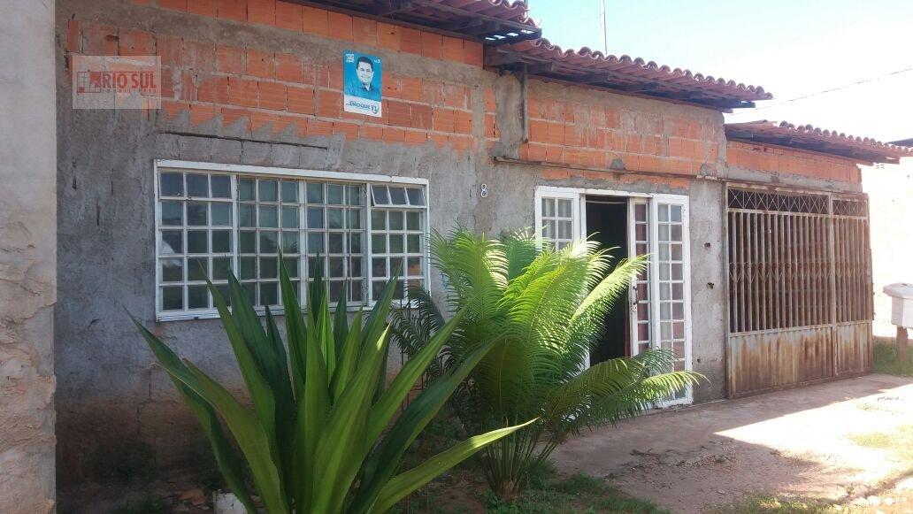 Casa a Venda no bairro Centro em João Lisboa - MA. 2 dormitórios, 3 vagas na garagem,  área de serviço,  sala de estar,  sala de jantar.  - 00126