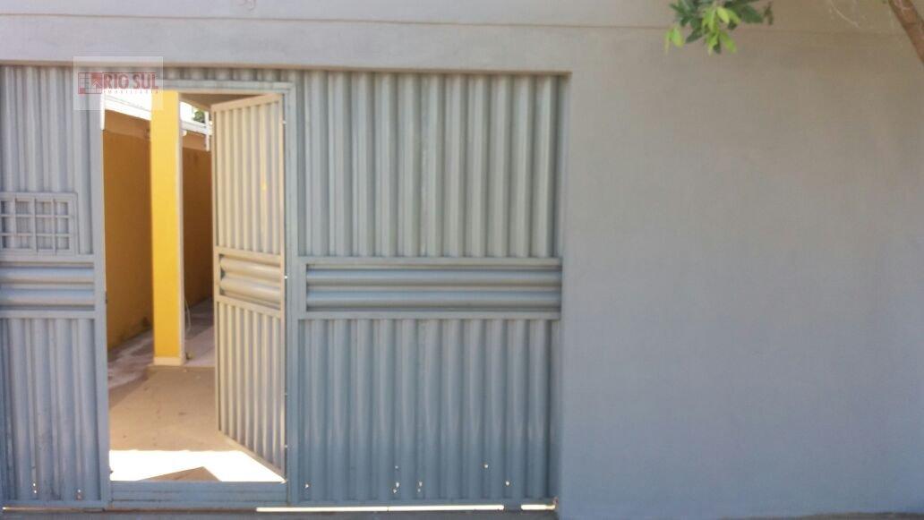 Casa para Alugar no bairro Centro em Imperatriz - MA. 2 banheiros, 3 dormitórios, 1 suíte, 1 vaga na garagem, 1 cozinha,  área de serviço,  sala de es