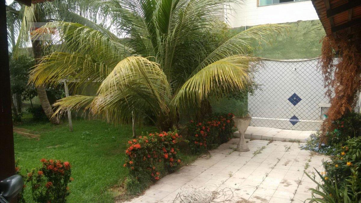 Casa para Alugar no bairro Três Poderes em Imperatriz - MA. 4 banheiros, 4 dormitórios, 3 suítes, 4 vagas na garagem, 1 cozinha,  área de serviço,  sa