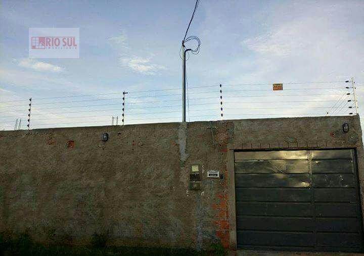 Casa a Venda e para Alugar no bairro Jardim Tropical em Imperatriz - MA. 3 banheiros, 3 dormitórios, 6 vagas na garagem, 2 cozinhas,  área de serviço,