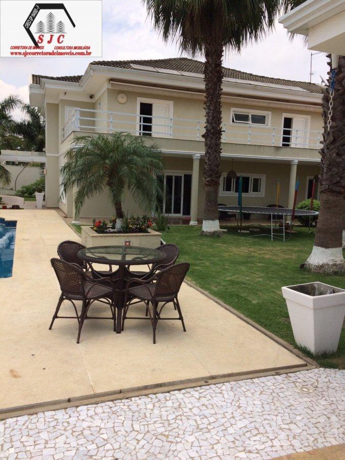 Casa a Venda no bairro Chácara Mantovani em Americana - SP. 4 banheiros, 3 dormitórios, 3 suítes, 6 vagas na garagem, 1 cozinha,  área de serviço,  la