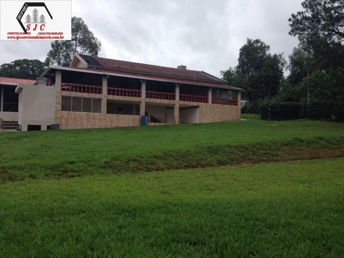 Chácara a Venda no bairro Balsa em Americana - SP. 2 banheiros, 4 dormitórios, 20 vagas na garagem, 1 cozinha,  área de serviço,  sala de estar.  - 15