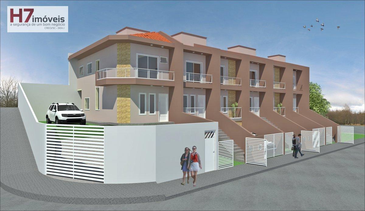 Casa a Venda no bairro Iririú em Joinville - SC. 1 banheiro, 2 dormitórios, 1 vaga na garagem, 1 cozinha,  área de serviço,  lavabo,  sala de tv,  sal