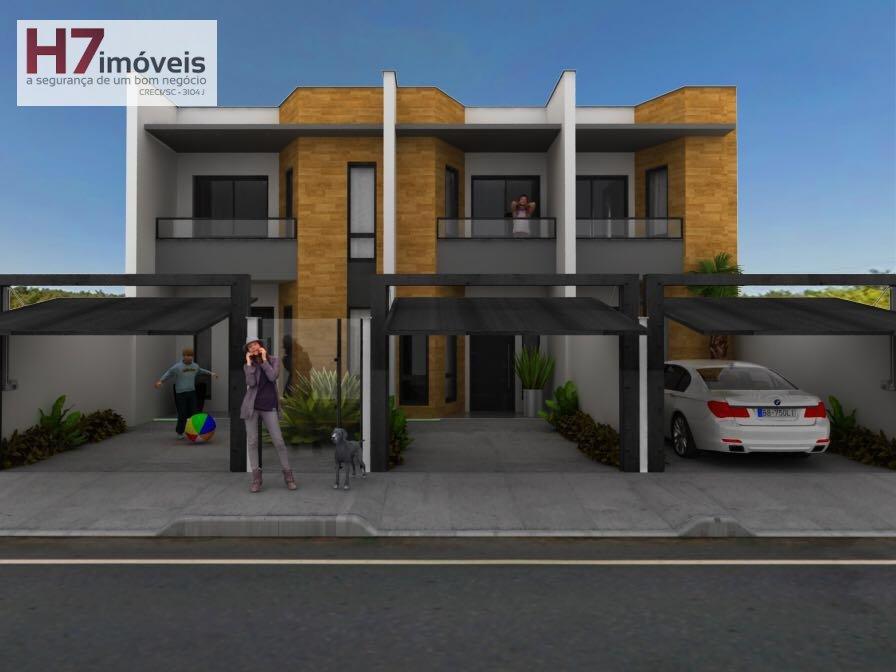 Casa a Venda no bairro Jardim Iririú em Joinville - SC. 1 banheiro, 2 dormitórios, 1 vaga na garagem, 1 cozinha,  área de serviço,  lavabo,  sala de t
