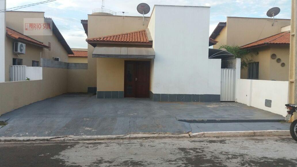 Casa a Venda e para Alugar no bairro João Paulo II em Imperatriz - MA. 2 banheiros, 3 dormitórios, 1 suíte, 3 vagas na garagem, 1 cozinha,  área de se
