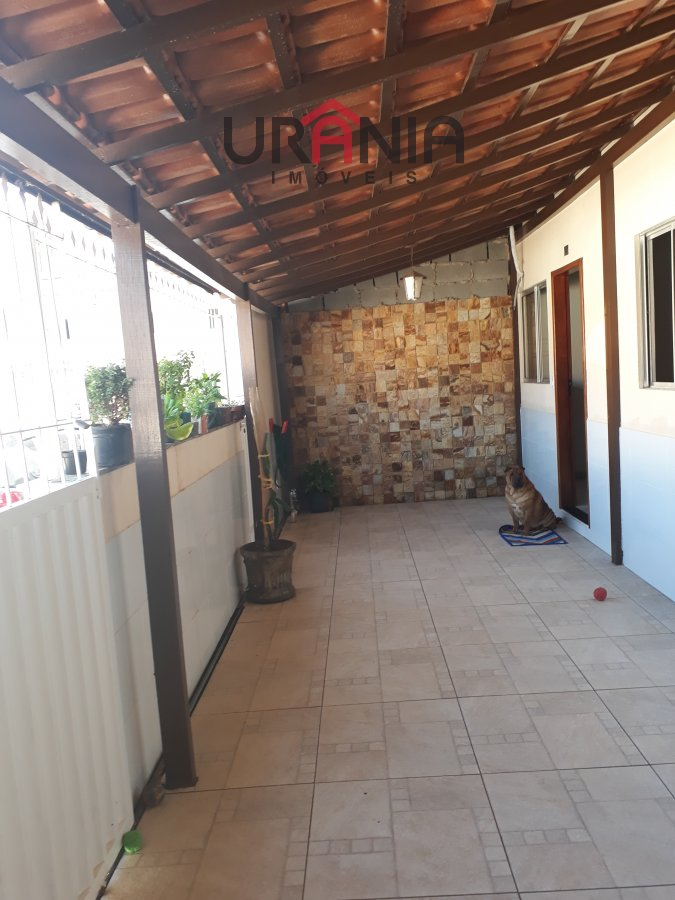 Casa a Venda no bairro Santa Paula II em Vila Velha - ES. 1 banheiro, 2 dormitórios, 2 vagas na garagem, 1 cozinha,  área de serviço,  sala de tv.  -