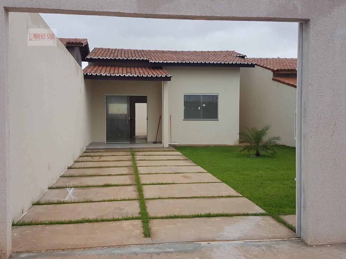 Casa a Venda no bairro Ouro Verde  em Imperatriz - MA. 2 banheiros, 2 dormitórios, 1 suíte, 1 vaga na garagem, 1 cozinha,  área de serviço,  sala de e