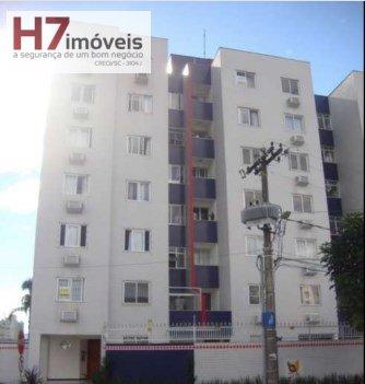 Apartamento a Venda no bairro Saguaçu em Joinville - SC. 2 banheiros, 3 dormitórios, 1 suíte, 1 vaga na garagem, 1 cozinha.