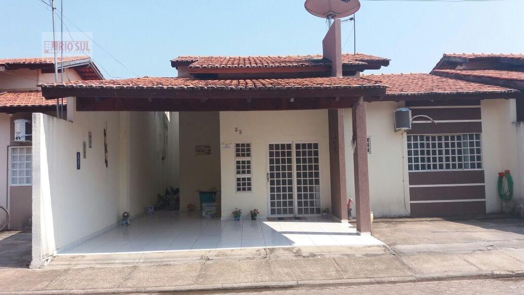 Casa a Venda no bairro Santa Inês em Imperatriz - MA. 2 banheiros, 3 dormitórios, 1 suíte, 3 vagas na garagem, 1 cozinha,  área de serviço,  sala de e