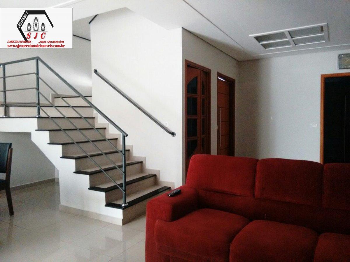 Casa a Venda no bairro Parque Nova Carioba em Americana - SP. 1 banheiro, 3 dormitórios, 1 suíte, 3 vagas na garagem, 1 cozinha,  closet,  área de ser
