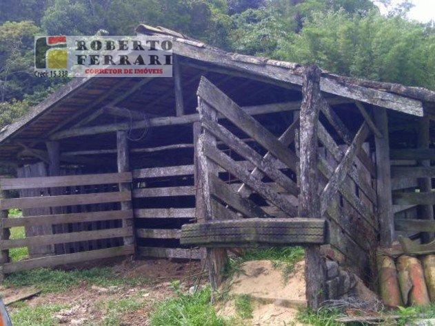 Fazenda a Venda no bairro Araçatuba em Imbituba - SC. 1 banheiro, 2 dormitórios, 1 vaga na garagem, 1 cozinha.  - 156