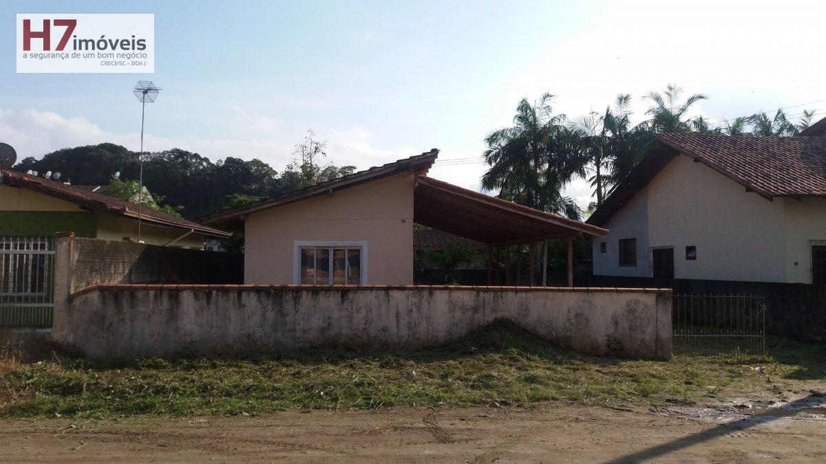 Terreno a Venda no bairro Petrópolis em Joinville - SC.