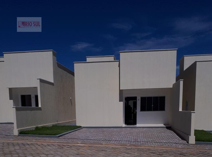 Casa para Alugar no bairro João Paulo II em Imperatriz - MA. 2 banheiros, 2 dormitórios, 1 suíte, 1 vaga na garagem, 1 cozinha,  área de serviço,  sal