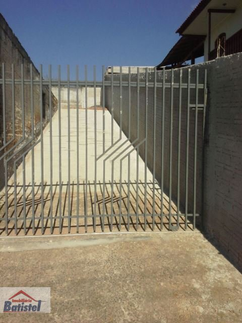 Ponto comercial a Venda no bairro Jardim Florestal em Campo Largo - PR. 1 banheiro.  - BA0011