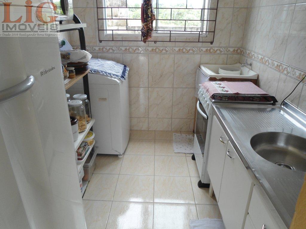 Apartamento a Venda no bairro Umbará em Curitiba - PR. 1 banheiro, 2 dormitórios, 1 vaga na garagem, 1 cozinha,  sala de jantar.  - AP-212