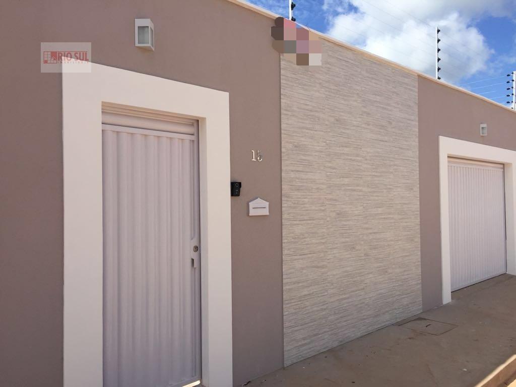 Casa a Venda no bairro Santa Inês em Imperatriz - MA. 2 banheiros, 2 dormitórios, 1 suíte, 2 vagas na garagem,  área de serviço,  sala de estar.  - 00