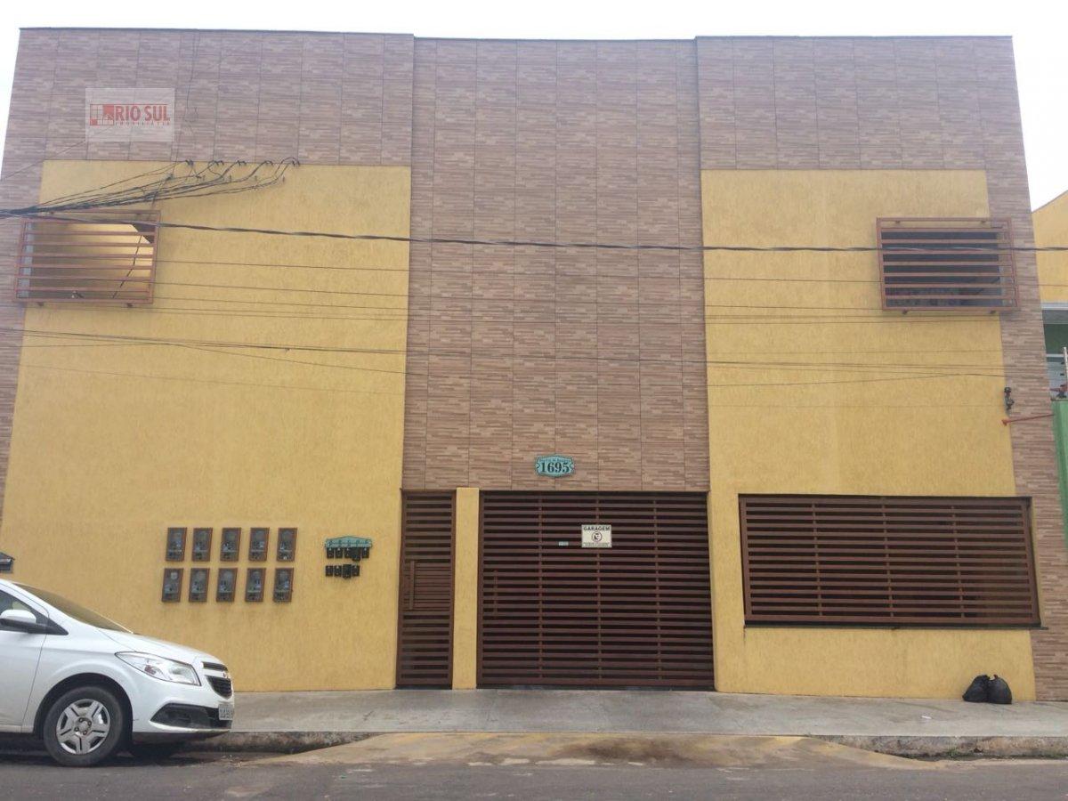 Apartamento para Alugar no bairro Centro em Imperatriz - MA. 2 banheiros, 2 dormitórios, 1 suíte, 1 vaga na garagem, 1 cozinha,  área de serviço,  sal
