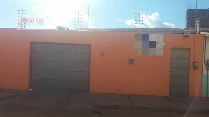 Casa a Venda no bairro Jardim São Luís em Imperatriz - MA. 2 banheiros, 2 dormitórios, 1 suíte, 1 vaga na garagem, 1 cozinha,  área de serviço,  sala