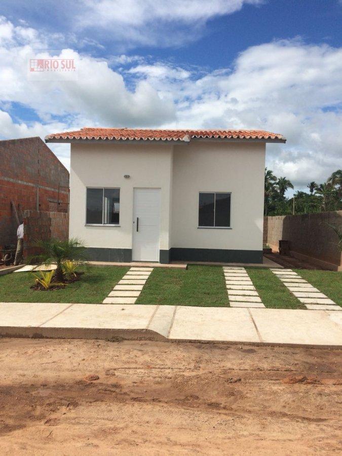 Casa a Venda no bairro João Paulo II em Imperatriz - MA. 1 banheiro, 2 dormitórios, 1 vaga na garagem, 1 cozinha,  área de serviço,  sala de estar.  -