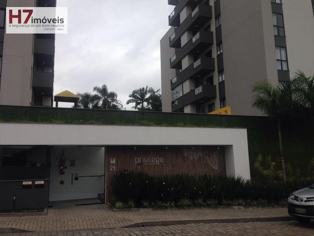 Apartamento para Alugar no bairro São Marcos em Joinville - SC. 1 banheiro, 2 dormitórios, 1 suíte, 1 vaga na garagem, 1 cozinha.