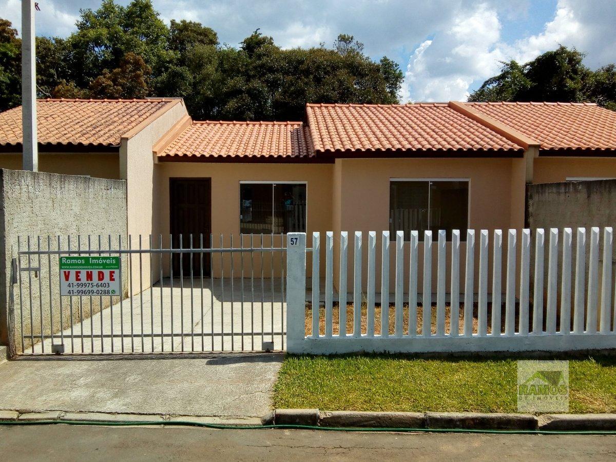 Casa a Venda no bairro Águas Claras em Campo Largo - PR. 3 dormitórios,