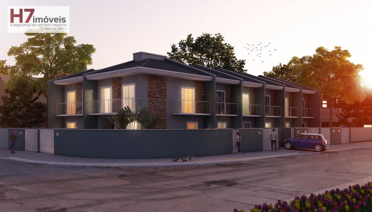 Casa a Venda no bairro Boa Vista em Joinville - SC. 2 banheiros, 2 dormitórios, 2 suítes, 1 vaga na garagem, 1 cozinha,  área de serviço,  lavabo,  sa