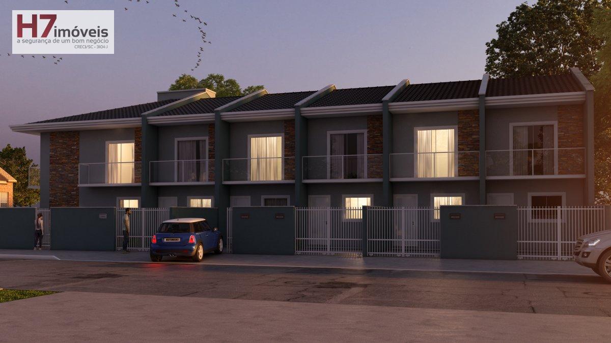 Casa a Venda no bairro Boa Vista em Joinville - SC. 1 banheiro, 2 dormitórios, 1 vaga na garagem, 1 cozinha,  área de serviço,  lavabo,  sala de estar