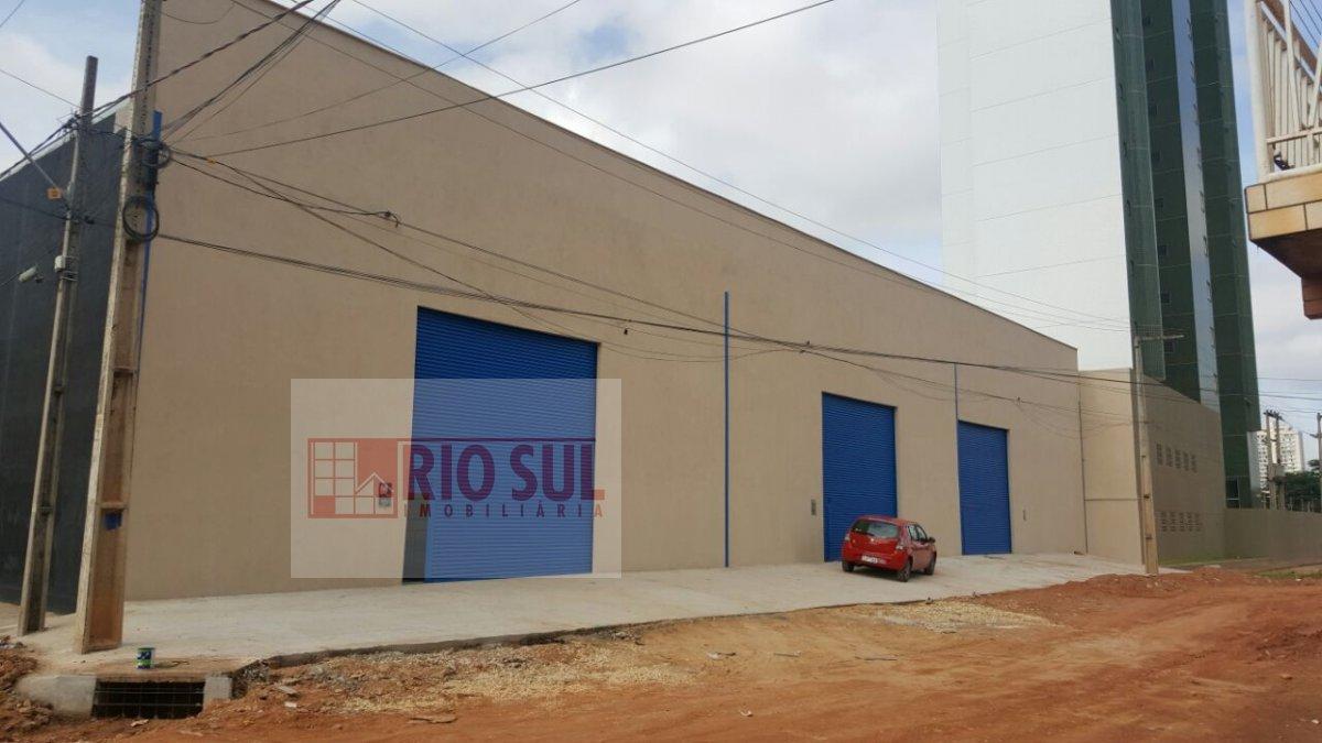 Galpão/Pavilhão a Venda e para Alugar no bairro Maranhão Novo em Imperatriz - MA. 4 banheiros,  área de serviço,  escritório.  - 00260