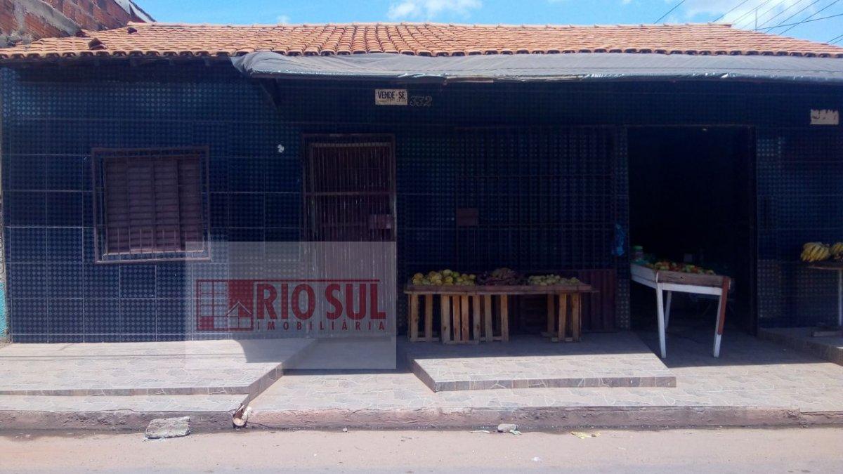 Casa a Venda no bairro Parque São José em Imperatriz - MA. 2 banheiros, 2 dormitórios, 1 vaga na garagem, 1 cozinha,  área de serviço,  sala de estar,