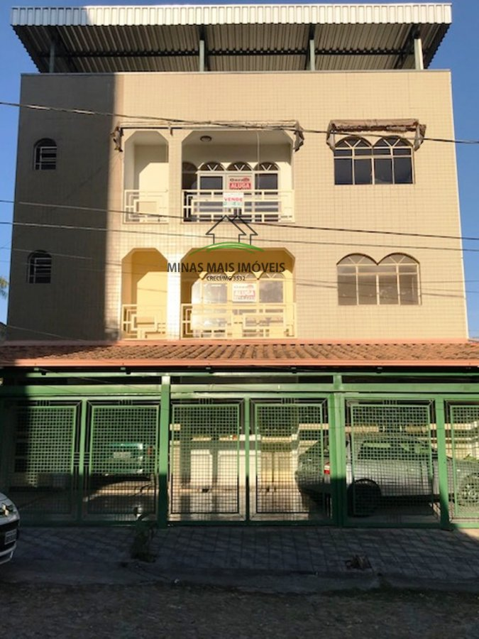 Apartamento a Venda no bairro Porto Velho em Divinópolis - MG. 2 banheiros, 3 dormitórios, 1 suíte, 1 vaga na garagem, 1 cozinha,  área de serviço,  s
