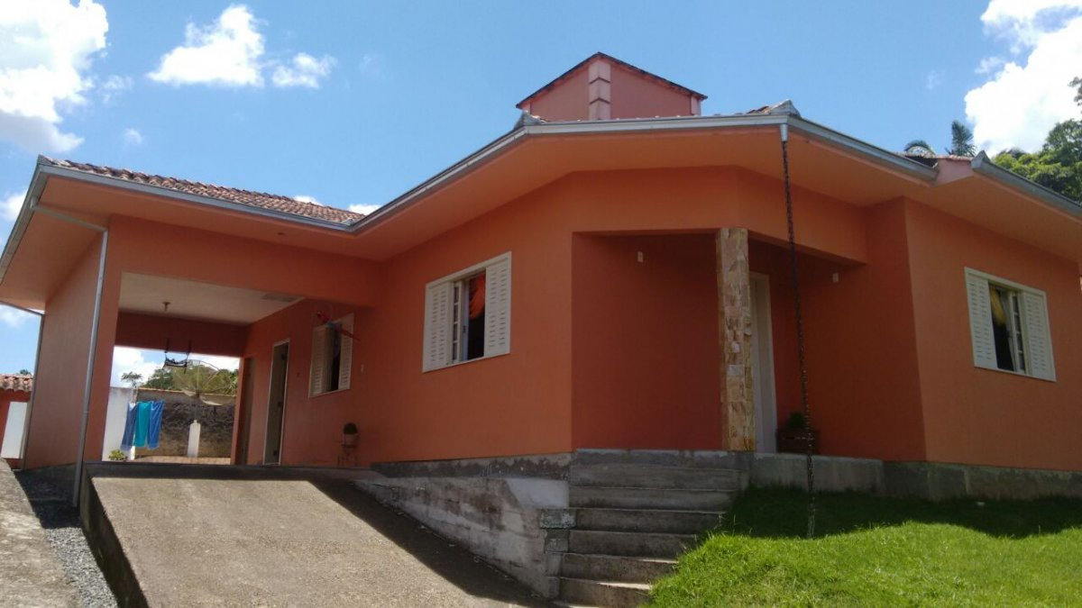 Casa à venda  no Nova Brasília - Joinville, SC. Imóveis