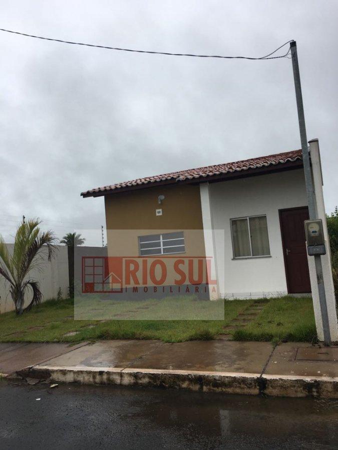 Casa a Venda e para Alugar no bairro João Paulo II em Imperatriz - MA. 1 banheiro, 2 dormitórios, 1 vaga na garagem, 1 cozinha,  área de serviço,  sal