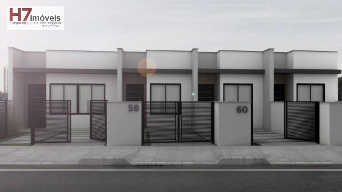 Casa a Venda no bairro Itaum em Joinville - SC. 1 banheiro, 2 dormitórios, 1 vaga na garagem, 1 cozinha,  área de serviço.