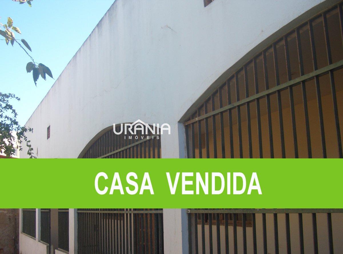 Casa a Venda no bairro Santa Paula em Vila Velha - ES. 2 banheiros, 3 dormitórios, 1 suíte, 1 vaga na garagem, 1 cozinha,  área de serviço,  copa,  sa