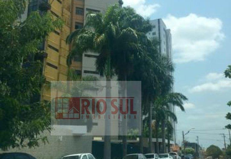 Apartamento para Alugar no bairro Beira Rio em Imperatriz - MA. 2 banheiros, 3 dormitórios, 1 suíte, 2 vagas na garagem, 1 cozinha,  área de serviço,