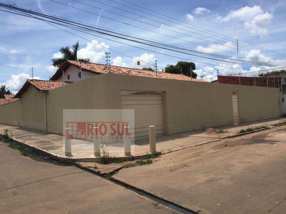 Casa para Alugar no bairro Jardim São Luís em Imperatriz - MA. 6 banheiros, 4 dormitórios, 3 suítes, 4 vagas na garagem, 2 cozinhas,  área de serviço,