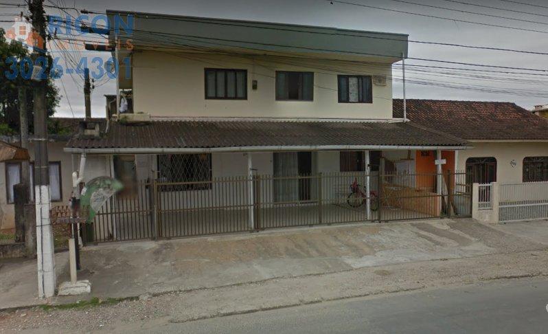 Casa à venda  no Comasa - Joinville, SC. Imóveis