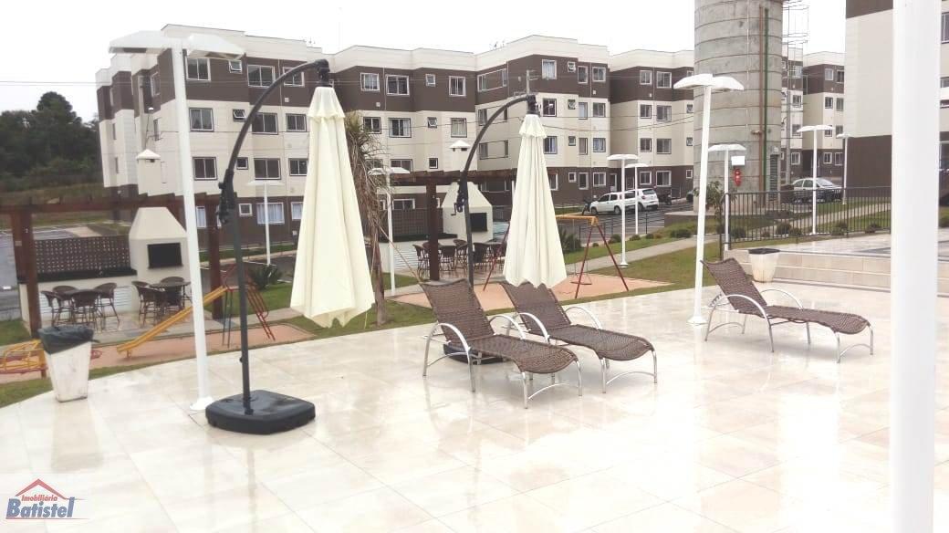 Apartamento a Venda e para Alugar no bairro Butiatuva em Campo Largo - PR. 1 banheiro, 2 dormitórios, 1 vaga na garagem, 1 cozinha,  área de serviço.