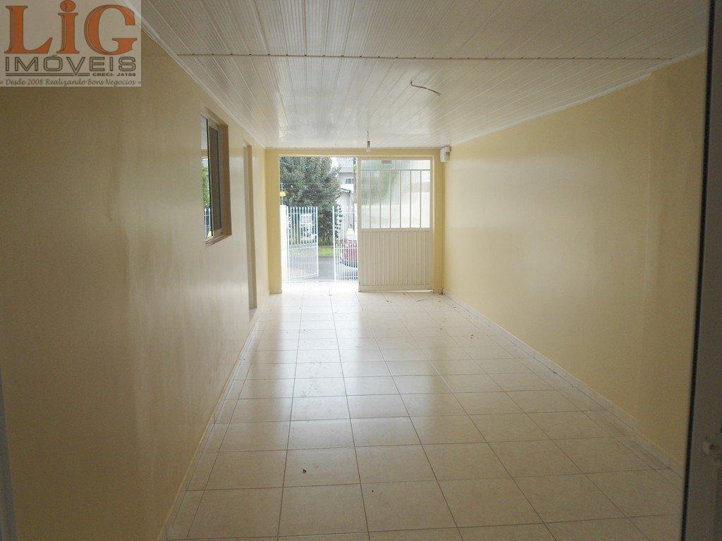 Casa a Venda no bairro Cidade Industrial em Curitiba - PR. 2 banheiros, 3 dormitórios, 2 vagas na garagem, 1 cozinha,  área de serviço,  copa,  sala d