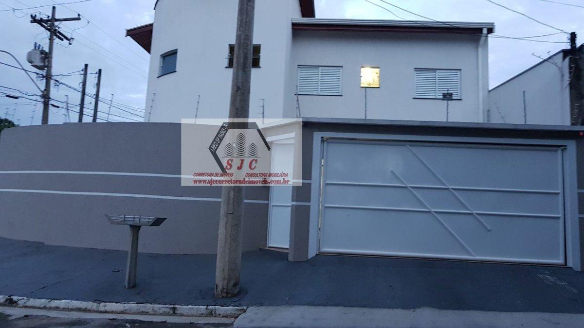 Casa a Venda no bairro São Luiz em Americana - SP. 2 banheiros, 3 dormitórios, 1 suíte, 1 cozinha,  área de serviço,  sala de estar.  - 432
